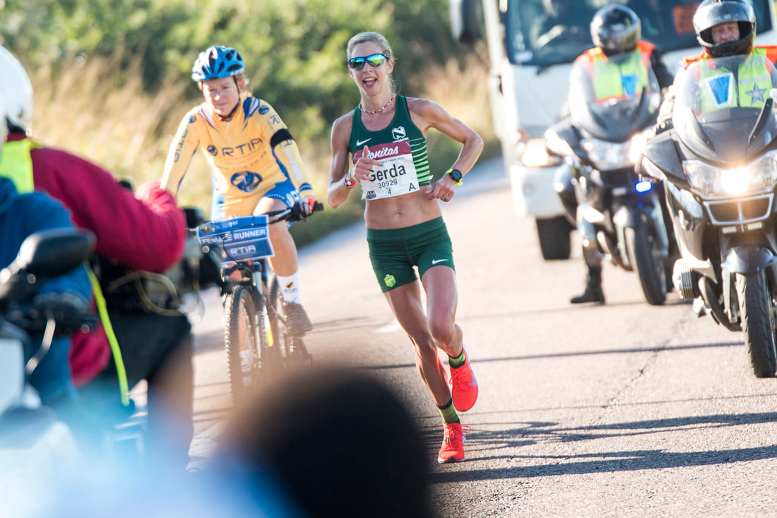Gerda Steyn during the Comrades Marathon during #ThrowBackThursday . Image: BOOGS Photography / Andrew Mc Fadden